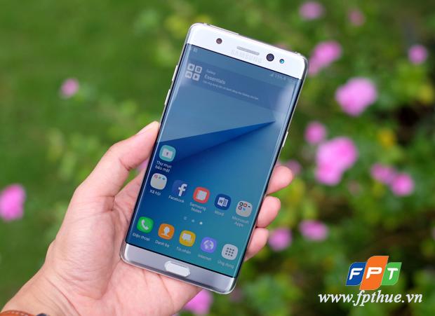 FPT Shop thông báo hỗ trợ khách hàng đổi Galaxy Note 7 bị lỗi trên toàn quốc