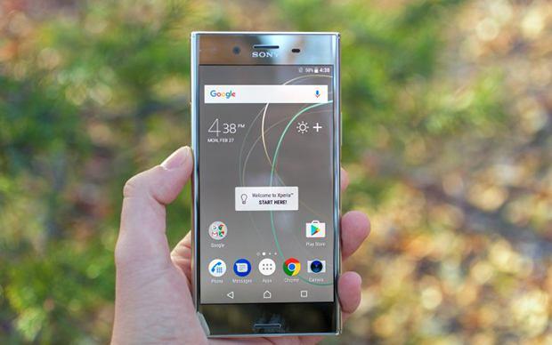 Sony Xperia XZ Premium chính thức lên kệ FPT Shop